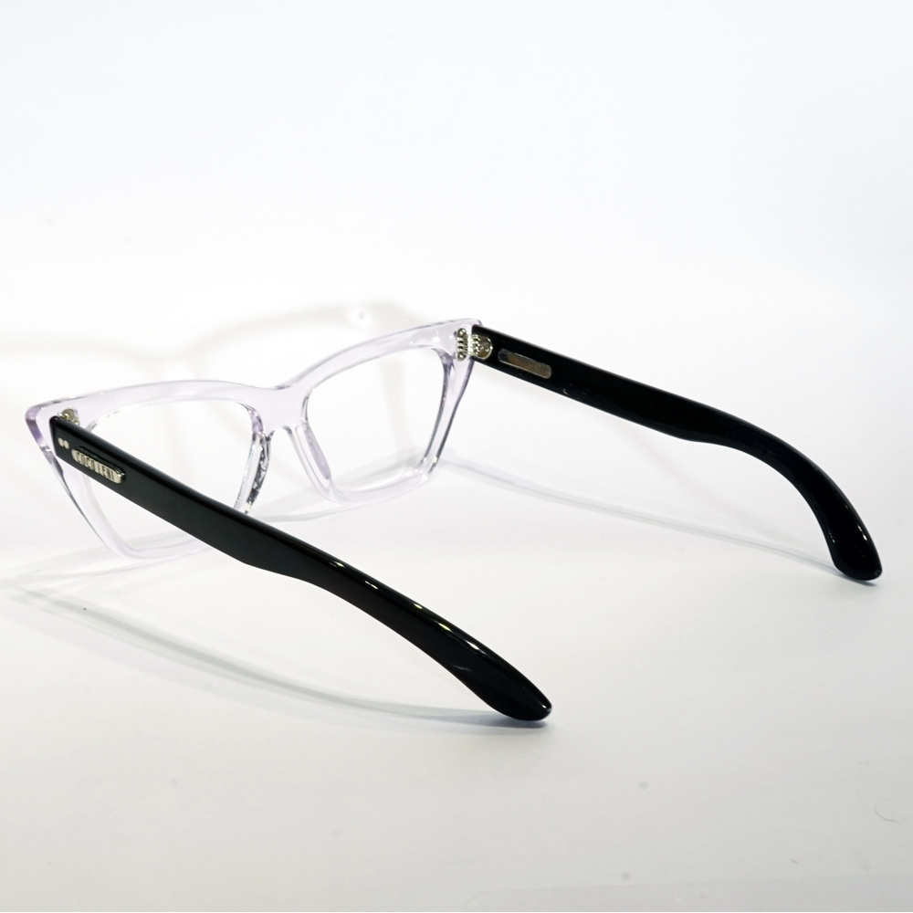 Karin Black Transparent